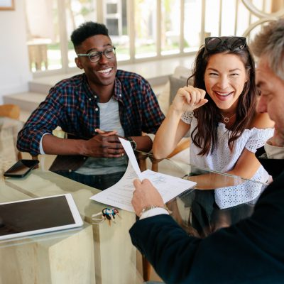 6 reasons why homeowners need a Realtor® to negotiate the sale
